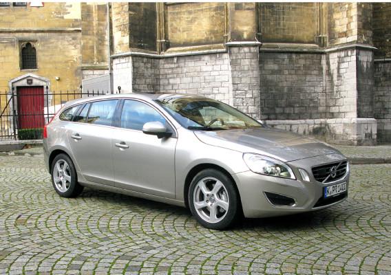 Sicherheit geht vor: Volvo hat neuen V60- Sportkombi bei den Händlern stehen