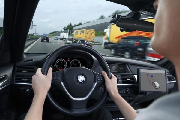 10 Jahre Techniktrends - Das mitdenkende Fahrzeug