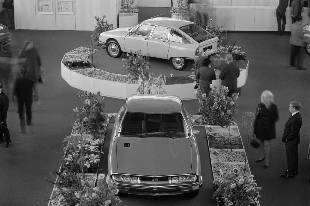 1970 debütierte der Citroen SM mit Maserati-Motor. Im Hintergrund ein GS