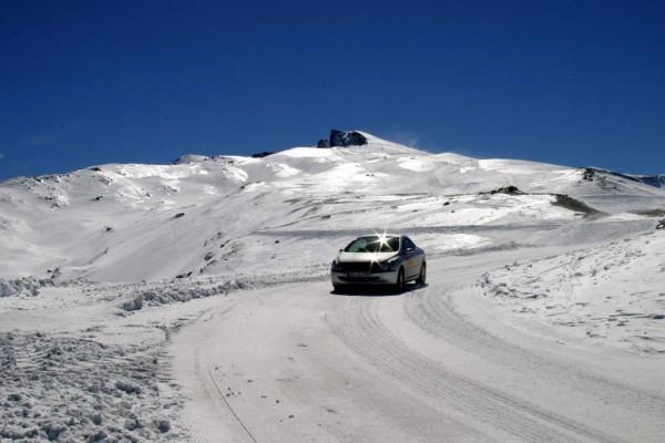 Alpen: Pässe gesperrt, keine Autos ohne Ketten