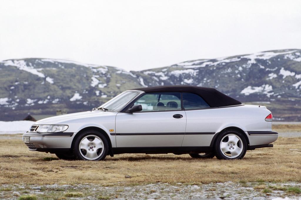 Auch beim zweiten Saab 900 Cabriolet war Wintertauglichkeit oberstes Gebot.