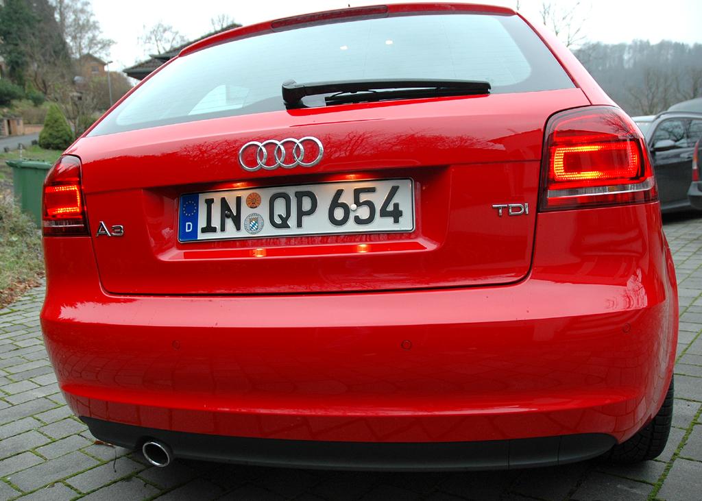 Audi A3 Diesel: Blick auf die Heckpartie der dreitürigen Schrägheck-Limousine.