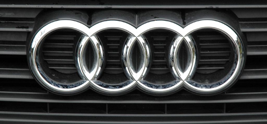 Audi A3 Diesel: Die vier Markenringe sitzen mittig im Kühlergrill.