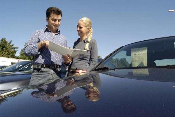 Autoabsatz 2011 in Deutschland: Alles wird besser