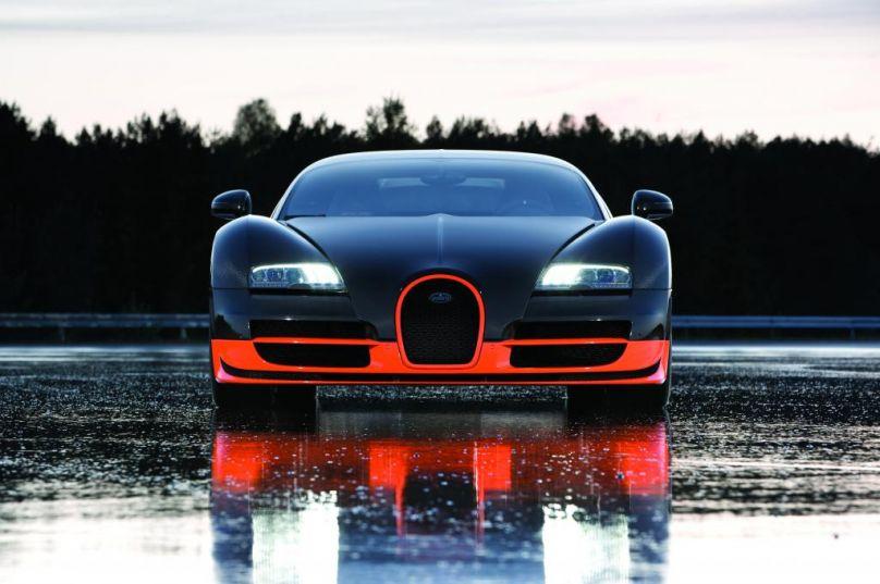 Bugatti Veyron Super Sport.