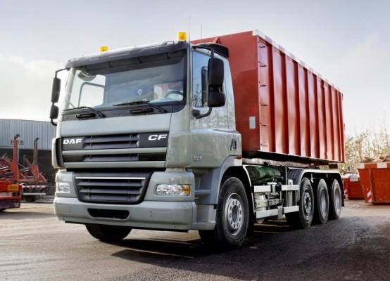 DAF erweitert CF-Baureihe um zwei Vierachser