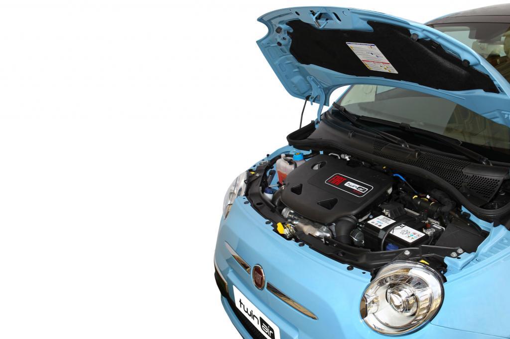 Den Fiat 500 gibt es mit einem Zweizylindermotor