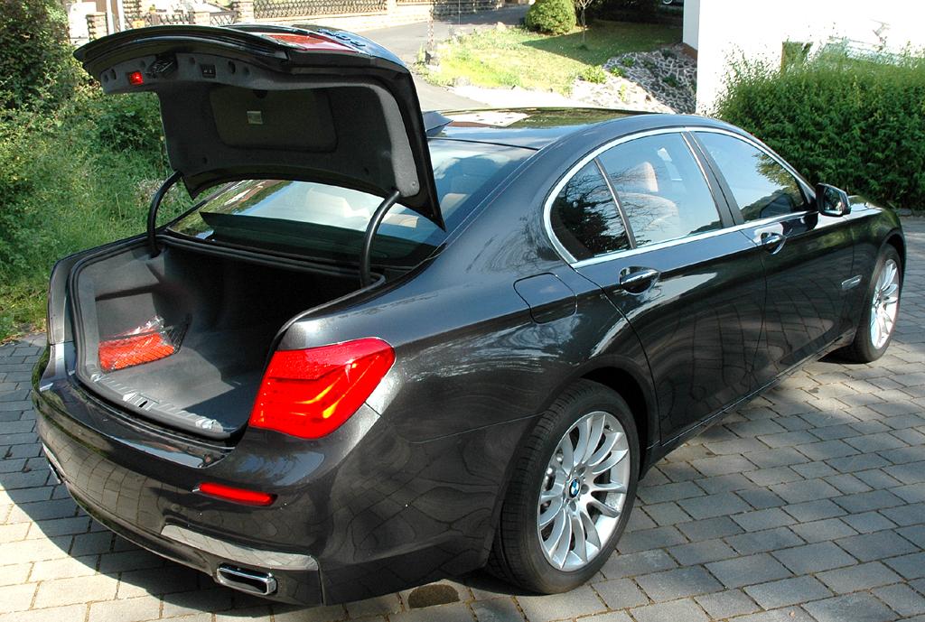 Der BMW 7er sendete 2001 Schockwellen in die Designwelt
