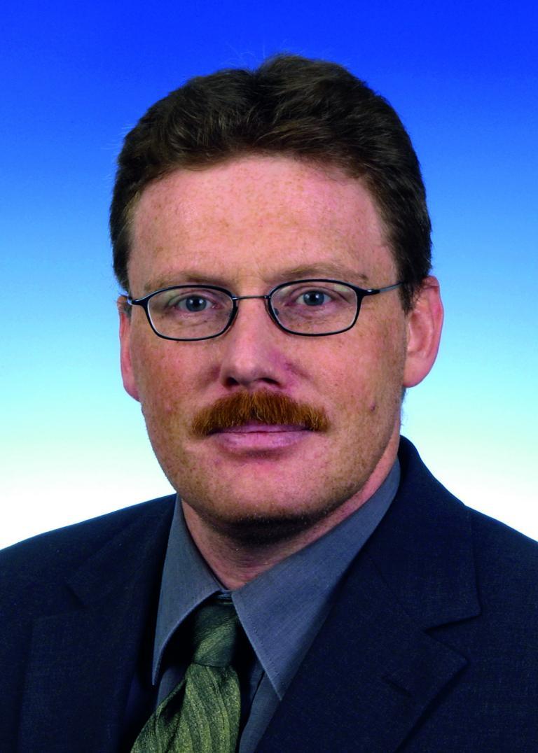 Dr. Josef Baumert.