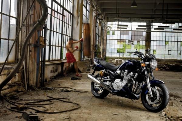 Fahrbericht Yamaha XJR 1300: Die nackte Schöne
