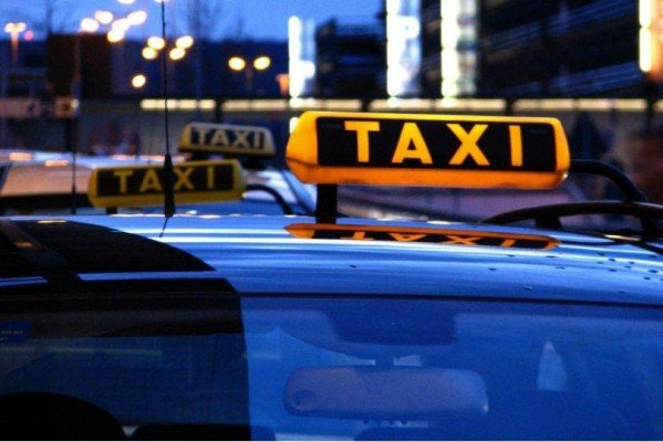 Kostenrechner für die Taxifahrt