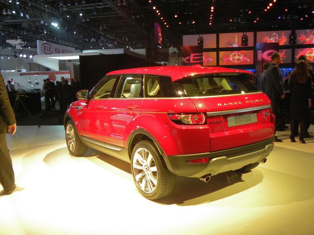 Land Rover präsentiert den Evoque vielfältig im Internet