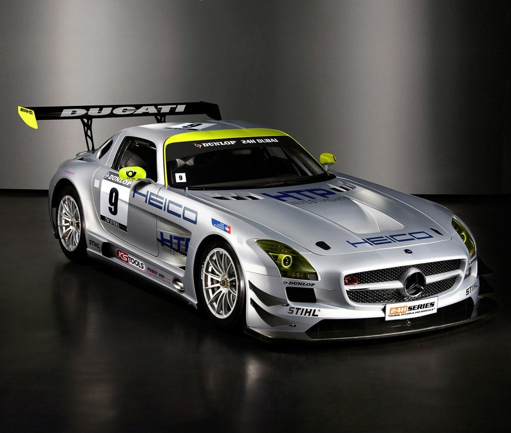 Letzter Testeinsatz: Drei Mercedes-Benz SLS AMG GT3 starten in Dubai