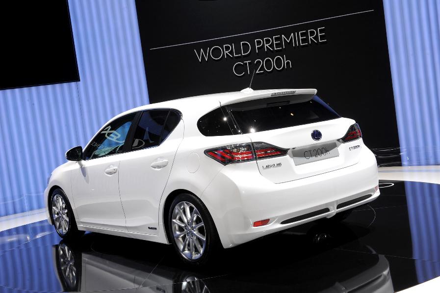 Lexus CT 200h: Zum Konzertgenuss ins Auto