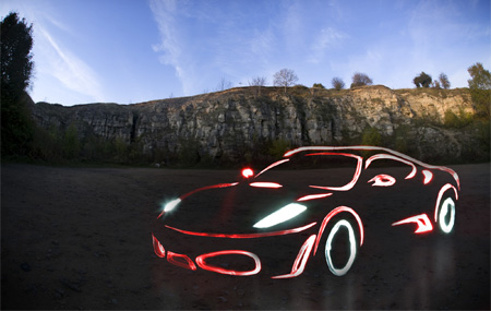Licht-Graffiti-Kunst mit Autos. Audi R8. Copyright: Mark Brown.