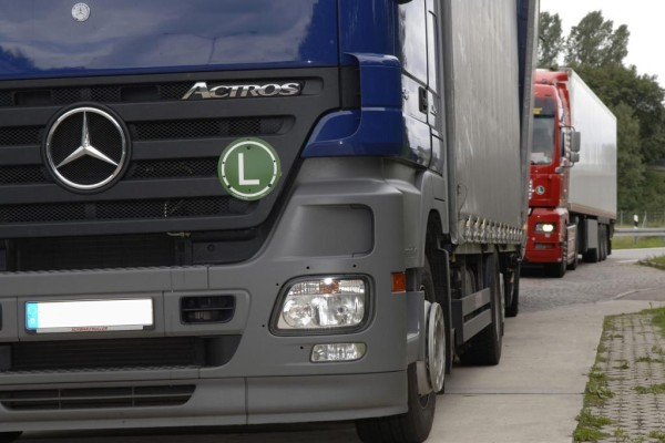 Lkw-Maut: Güterverband widerspricht Ministerium