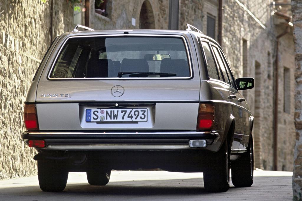 Mercedes-Benz W123 T-Modell ab 1977