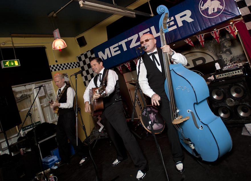 Metzeler präsentierte im Ace Cafe in London den Classic-Kalender 2011.