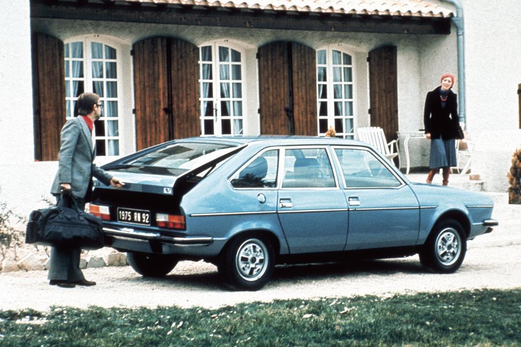 Mit der großen Heckklappe war der Renault 30 avantgardistisch angehaucht