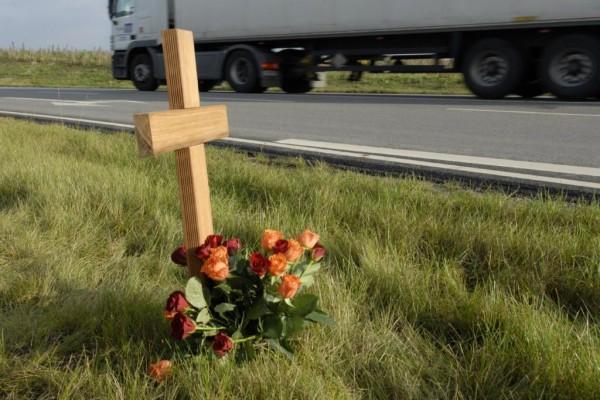 Prognose Verkehrsunfälle 2010 - Deutlich weniger Opfer