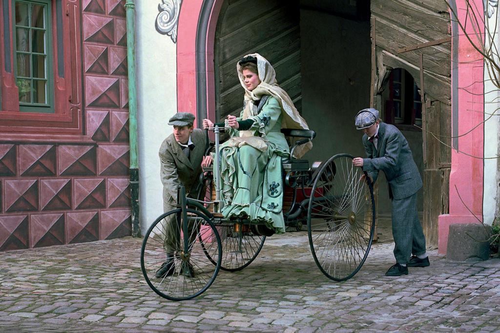 125 Jahre Automobil - Frauen fuhren voran
