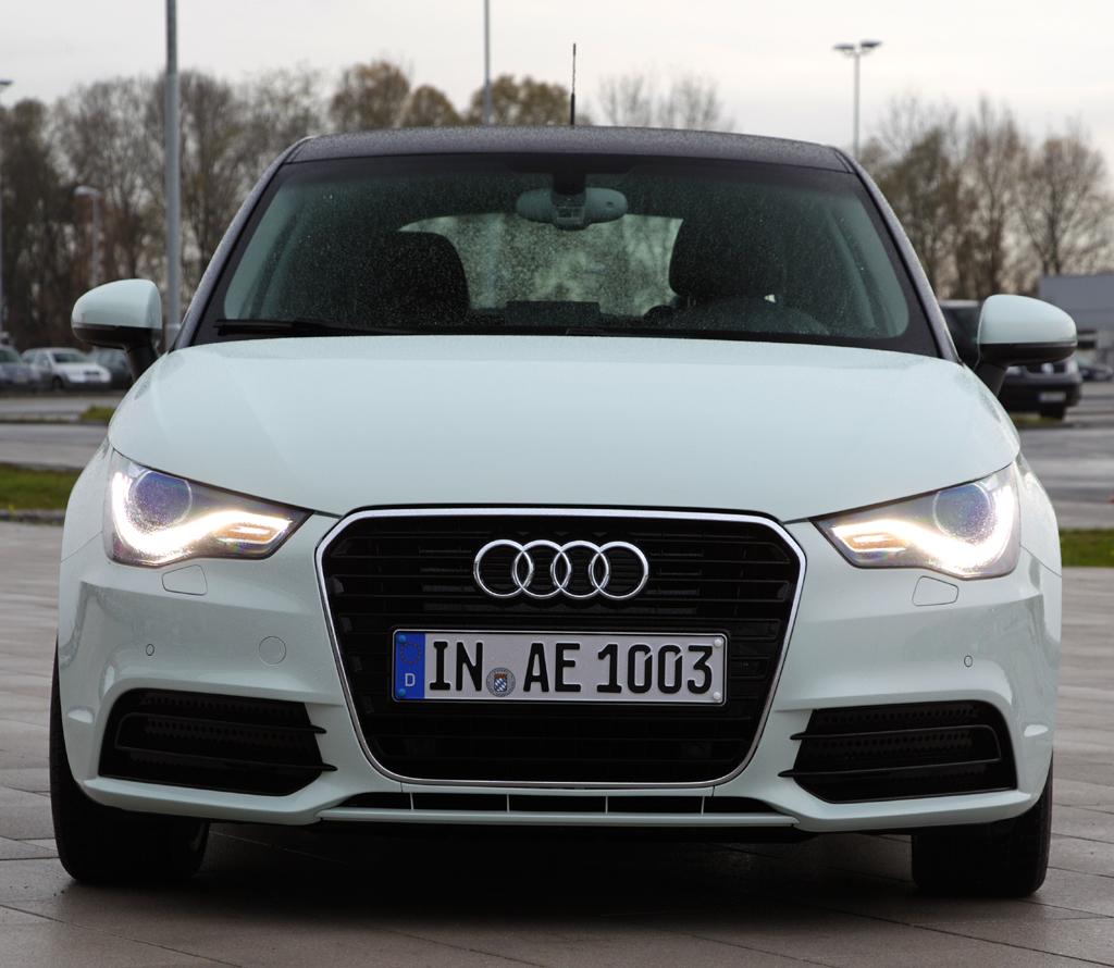 Audi A1 e-tron: Blick auf die Frontpartie des kompakten Stromers.