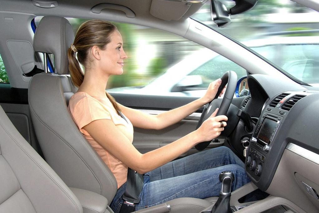 Autositzallergie? Vor dem Autokauf zum Hautarzt