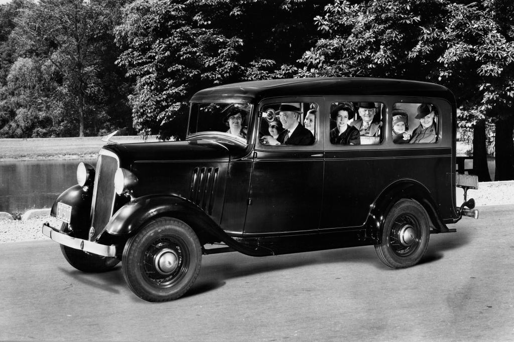Chevrolet Suburban, 1935