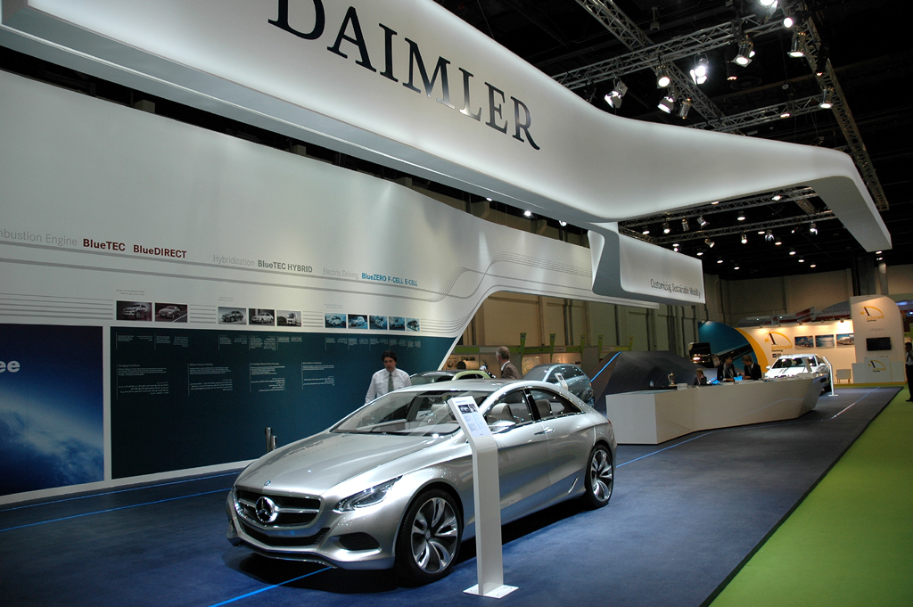 Daimler-Stand beim World Future Energy Summit im Emirat Abu Dhabi.