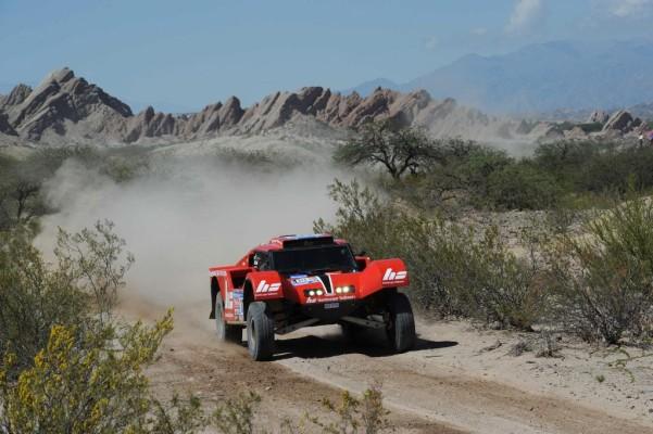Dakar 2011: Volkswagen weiter an der Spitze