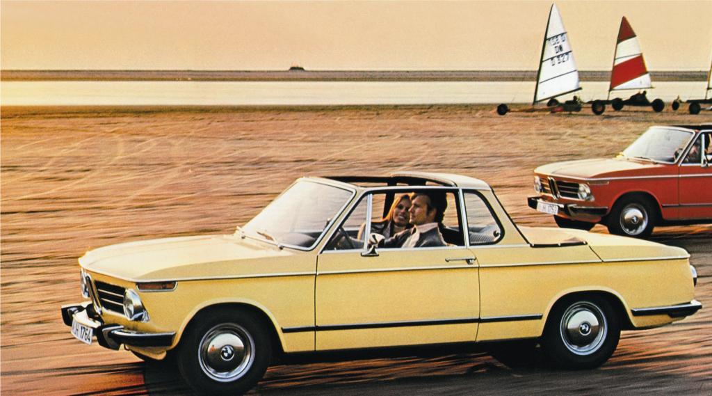 Der Karosseriebauer Baur verwandelte den 2002 zum Cabriolet