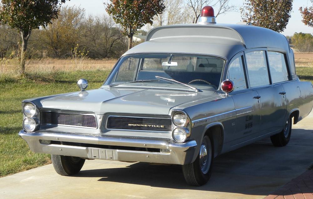Der Krankenwagen John F. Kennedys ist nun unter dem Hammer, Bild von: Pontiac Online