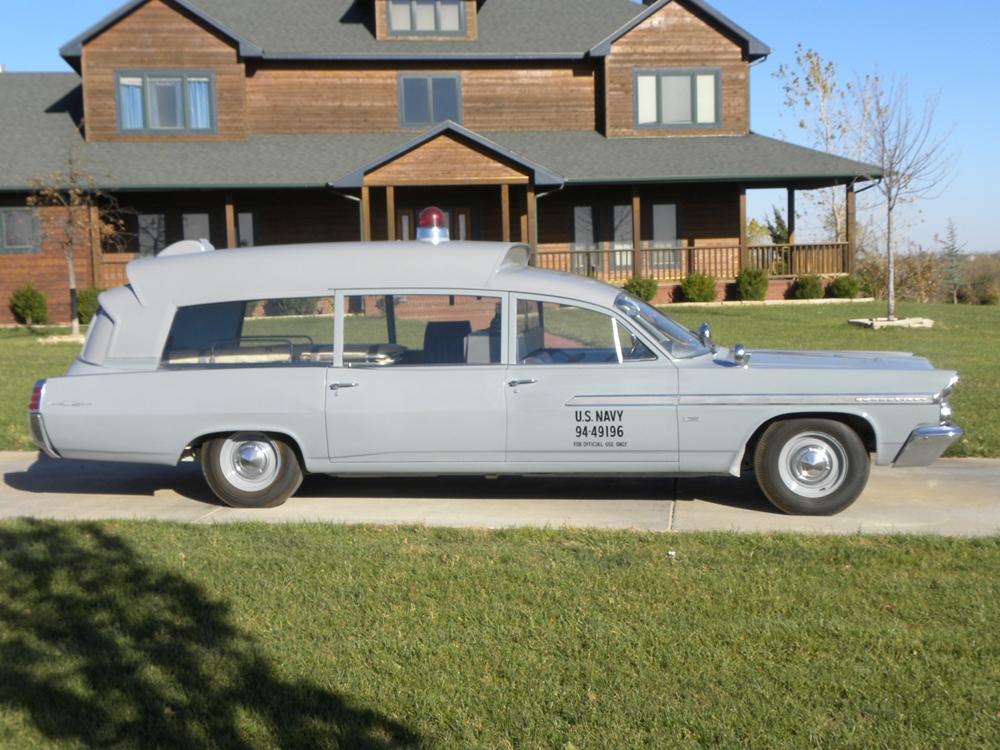 Der Krankenwagen soll nun vom 17.-23. Januar versteigert werden, Bild von: Pontiac Online