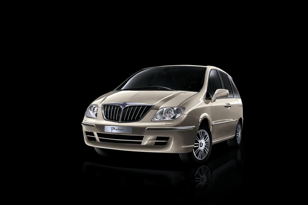 Der Lancia Phedra sagt ebenfalls