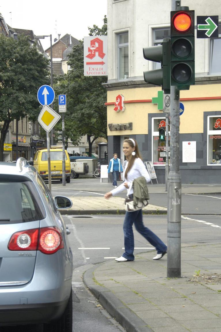 Der Umwelt zuliebe: Grüner Pfeil an Ampelkreuzungen