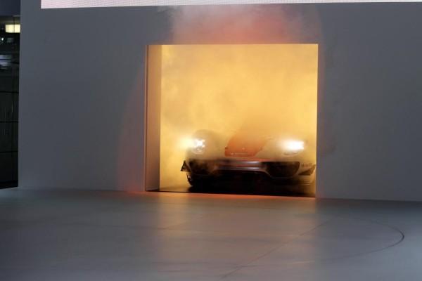 Detroit 2011: Porsche stellt den 918 RSR vor