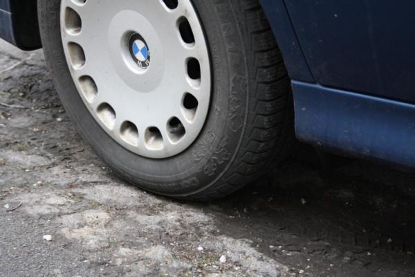 Fahrwerk-Kontrolle - Jetzt Reifen und Dämpfer checken