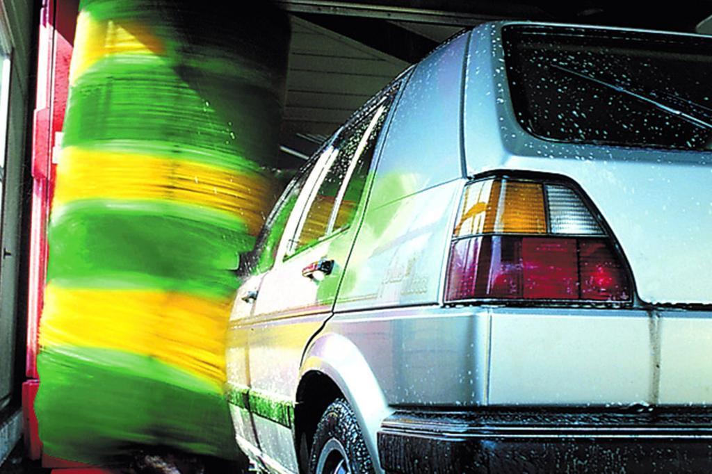 Fahrzeugpflege - Autowäsche im Winter
