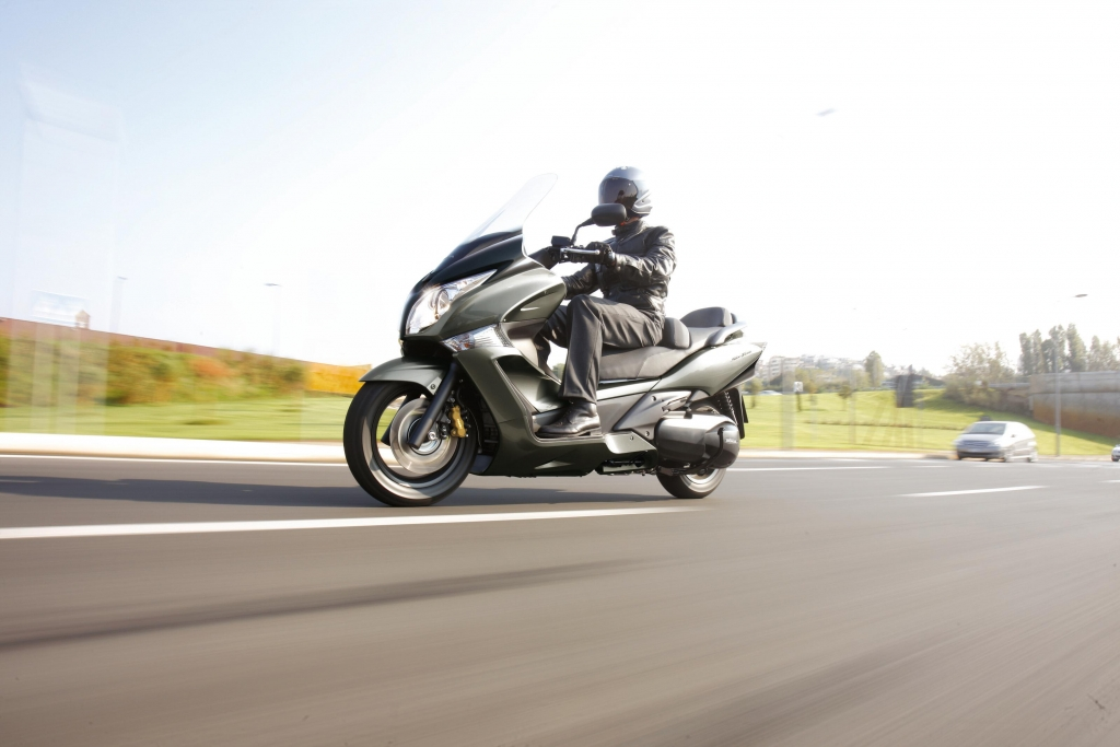 """Honda Motorrad bietet Sondermodelle """"50 Jahre Edition"""" mit Preisvorteil"""