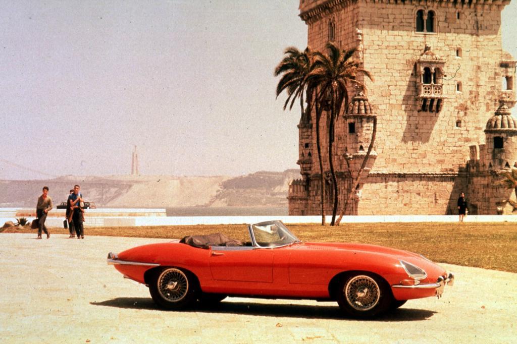 Jaguar E-Type Roadster, 1961 bis 1964