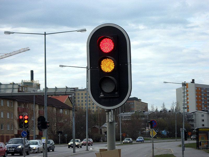 Lichtsignalanlage oder Wechselzeichenlicht? Warum nicht einfach: Ampel!