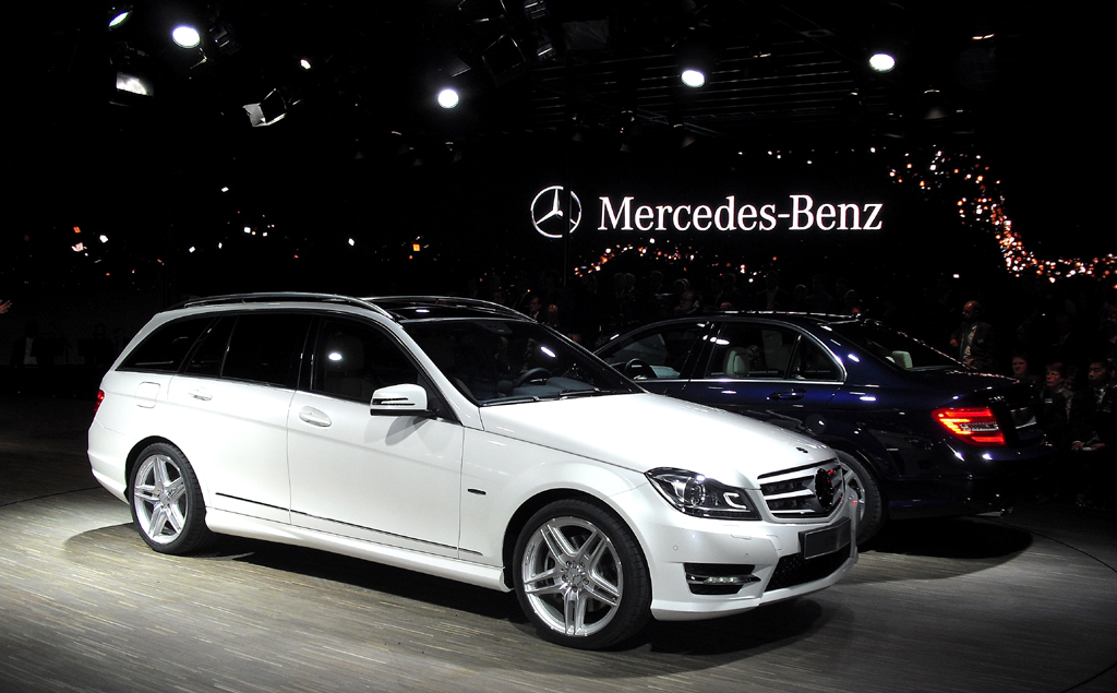 Nun auch mit neuen Elektronikhelfern: Mercedes C-Klasse.