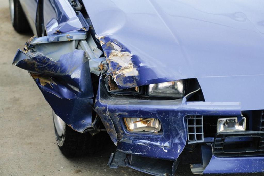 Recht: Regulierung von Kfz-Unfallschäden - Verzögerungstaktik unzulässig