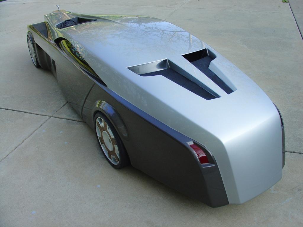 Sollte das Konzeptauto verwirklicht werden, soll der Wagen über 7 Meter lang sein, Bild: Jeremy Westerlund