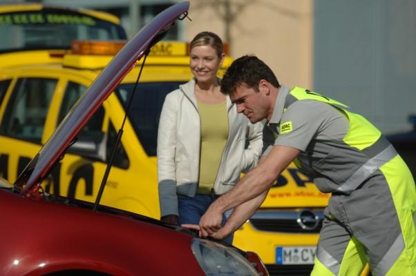 Urteil: Fahrer eines defekten Autos muss Hinweis hinterlassen