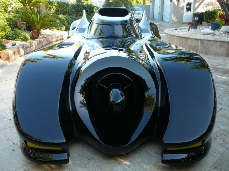 Wir lieben Ebay: Das Batmobil steht zum Verkauf