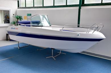 boot 2011: Motorboot Emili 460