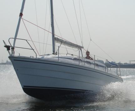 """boot 2011: Motorsegler """"Imexus 28"""" zum Segeln und Wasserski jetzt noch schneller"""