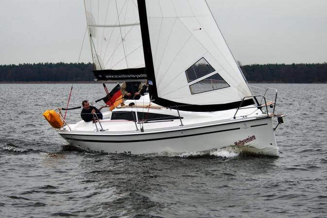 boot 2011: Scandinavia 27 als Kielschwertversion