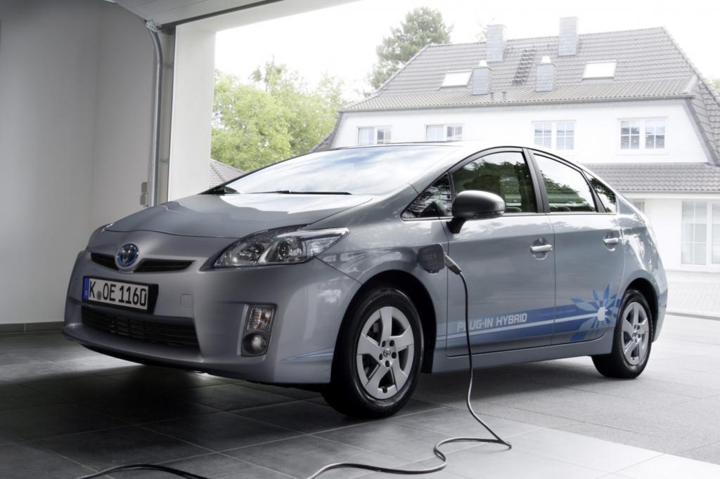 Als Auto dient Horx unter anderem ein Toyota Prius